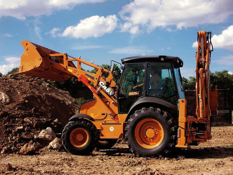 Buldoexcavator CASE 580 ST oferta